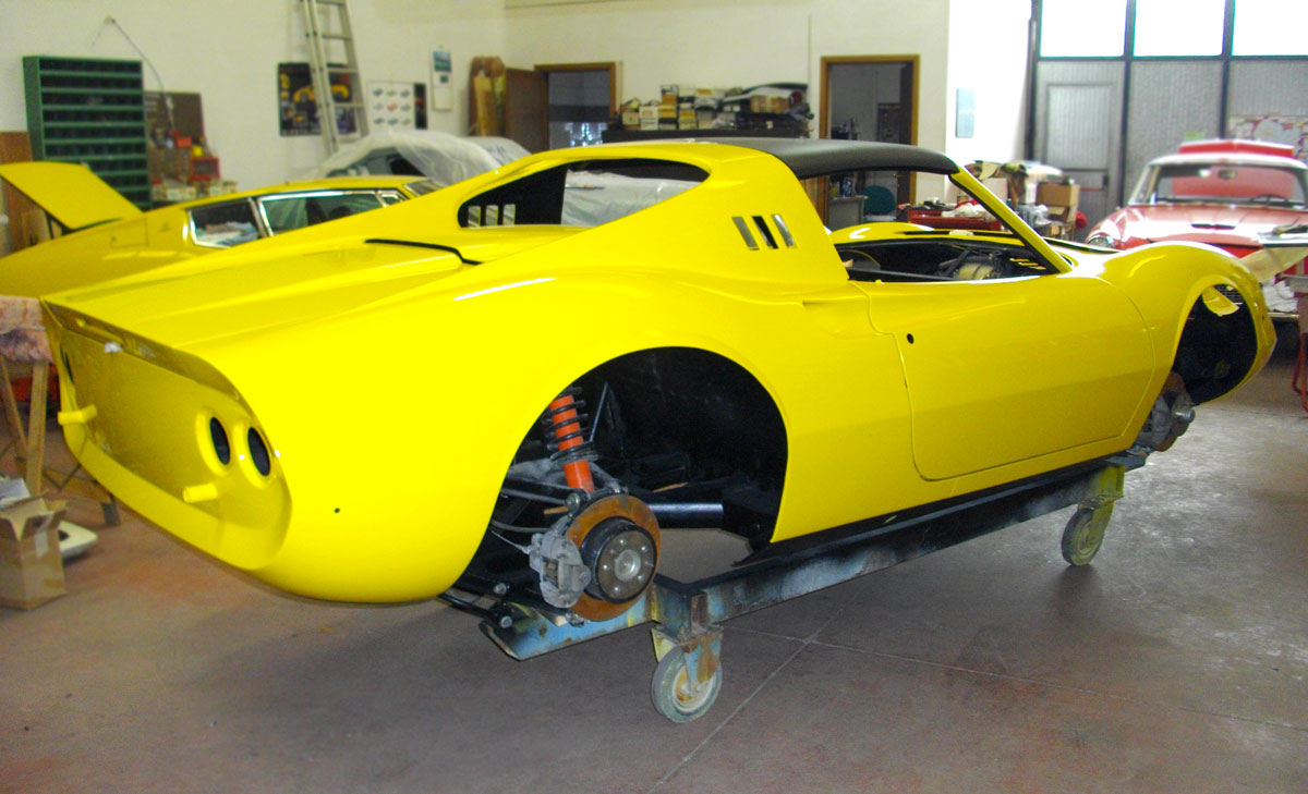 Restoration of classic cars - International Classic