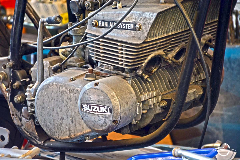 Motore Suzuki moto di Danilo Tavoni
