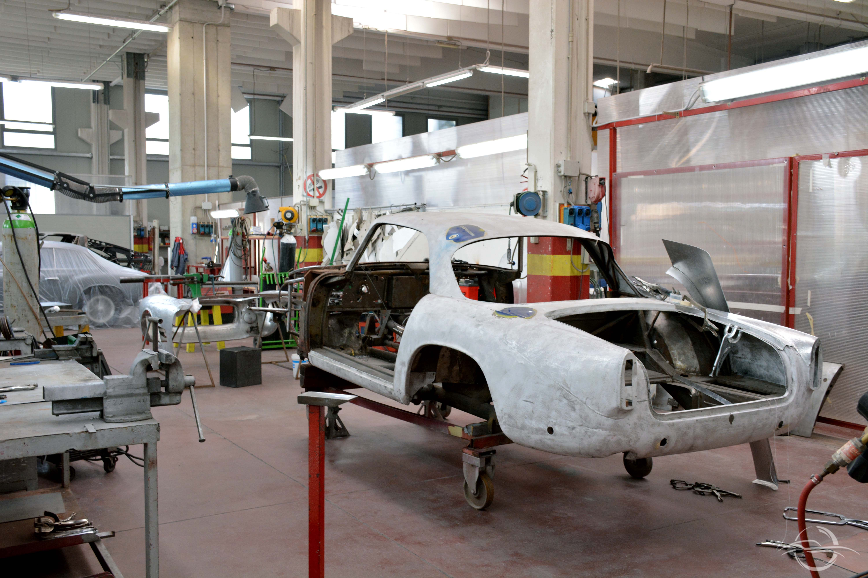 Auto pronta per la verniciatura da Bacchelli