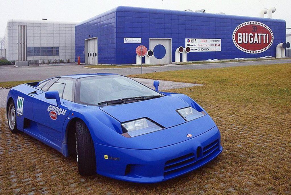 Bugatti EB110 old
