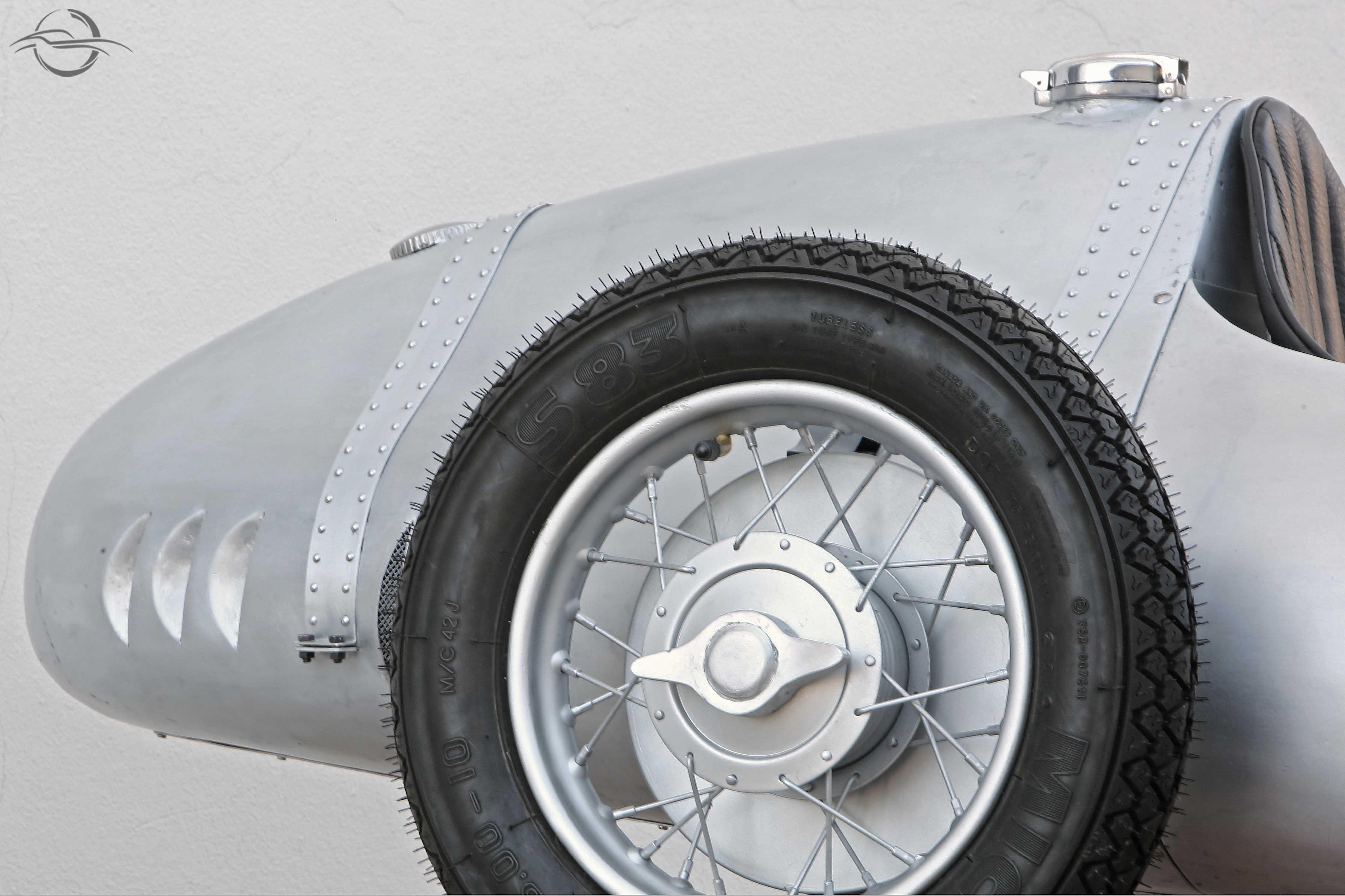 Maserati Mauro Bonaccini Rear con Pneumatico