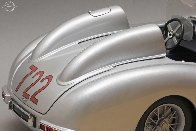 Mercedes 722 Mauro Bonaccini retro