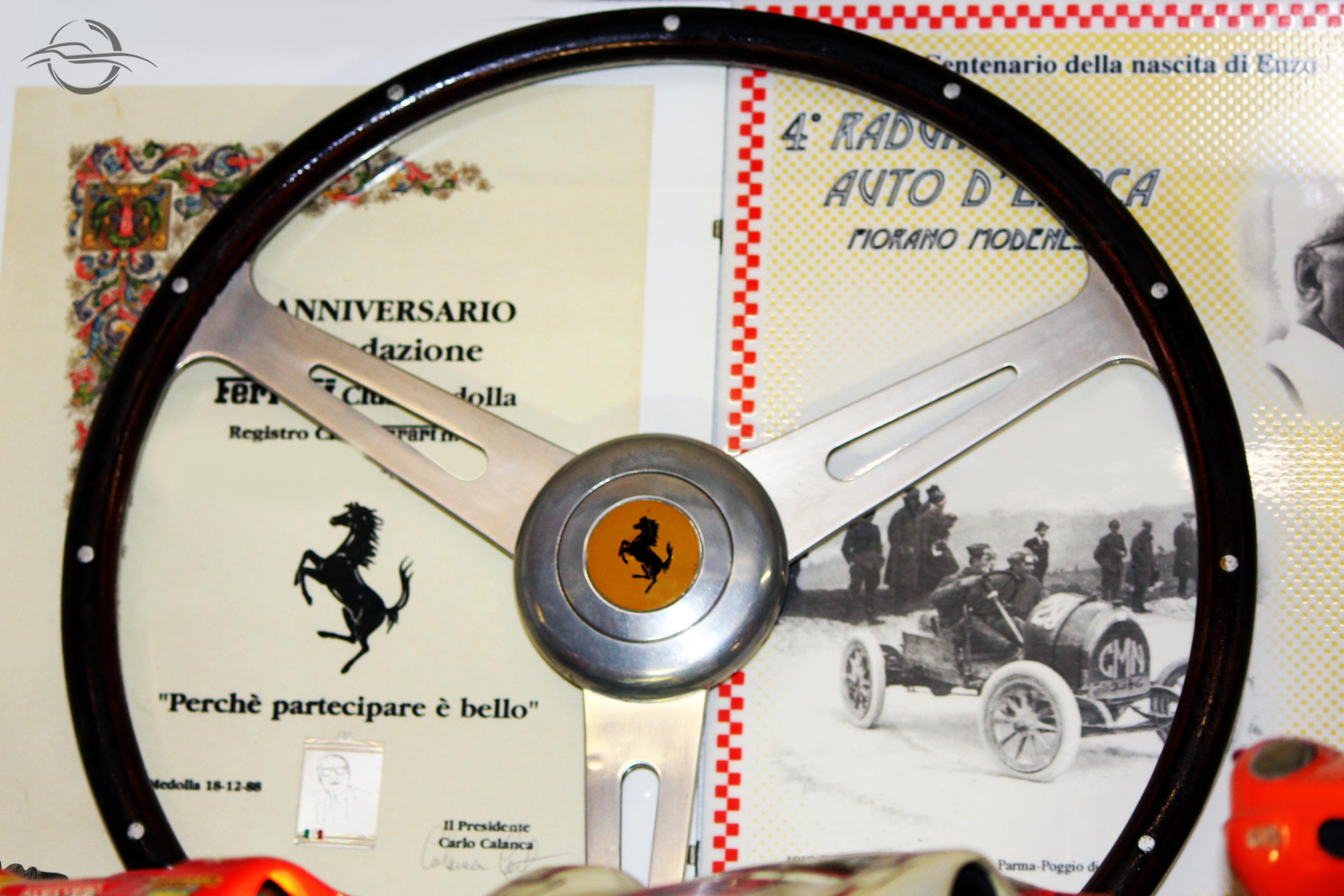 volante Ferrari dalla collezione di Morselli