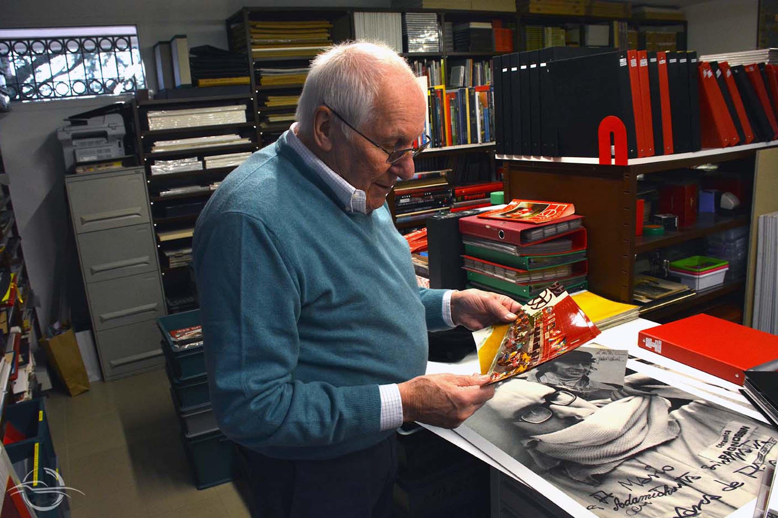F1 driver De Adamich photo of Mario Acquati