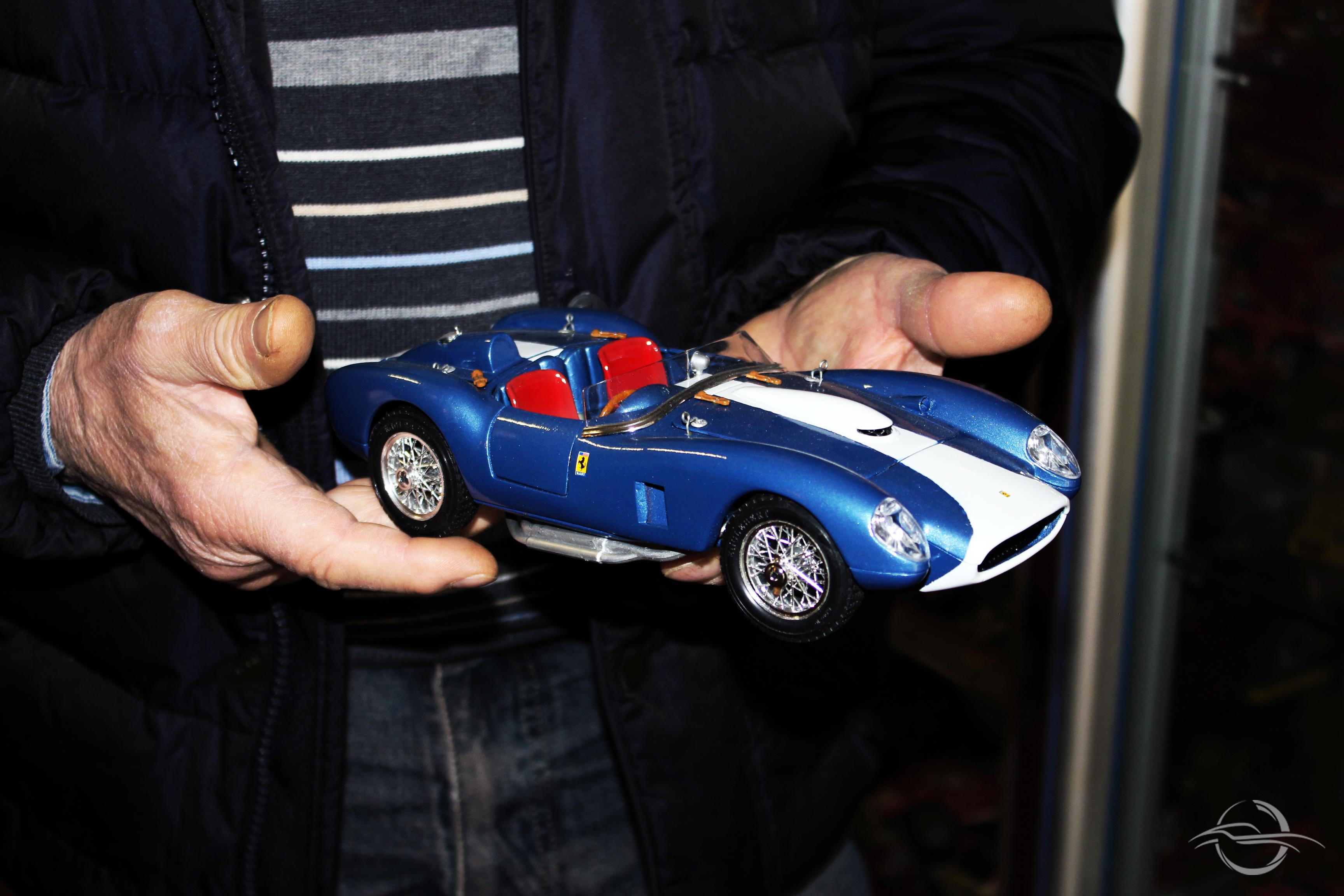 modellino Ferrari della collezione di Morselli