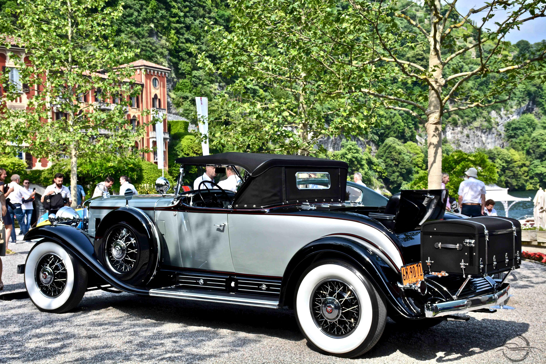 Cadillac V-16 1930