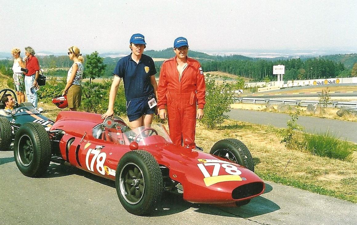 Cooper Climax T53 con Stephen Griswold e Derek