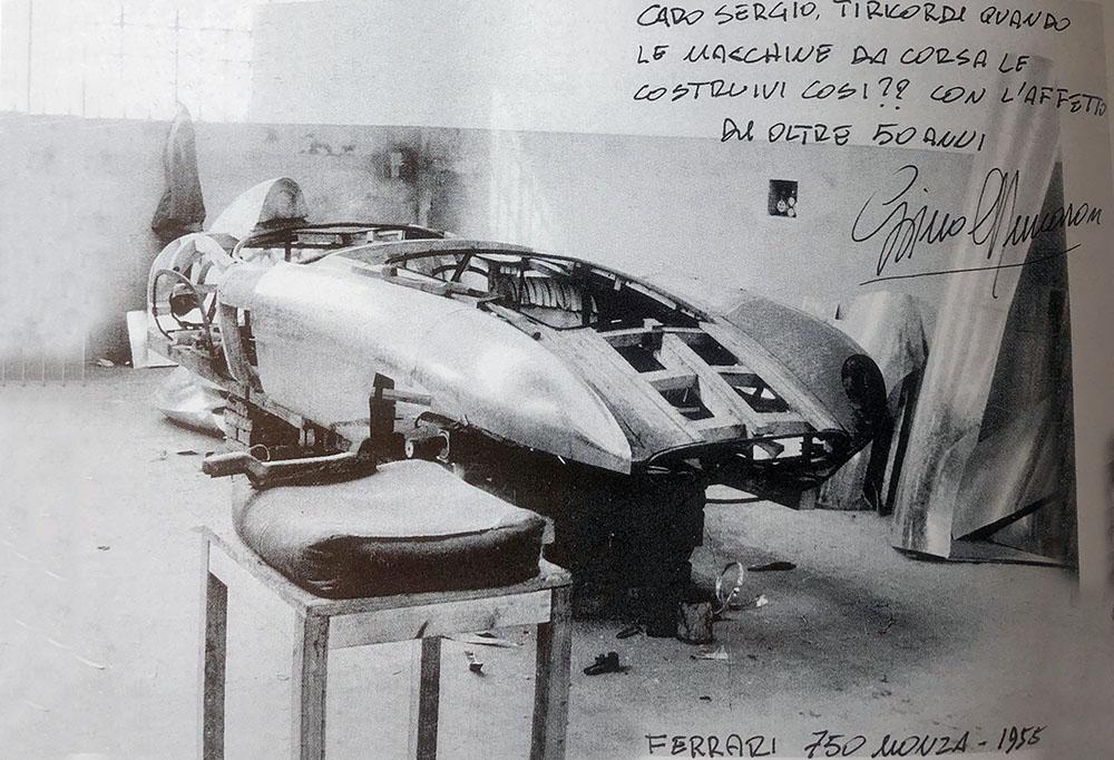 "Manichino Ferrari 750 Monza, dal volume ""L'ê andéda acsè"" scritto da Franco Gozzi, Artioli Editore"